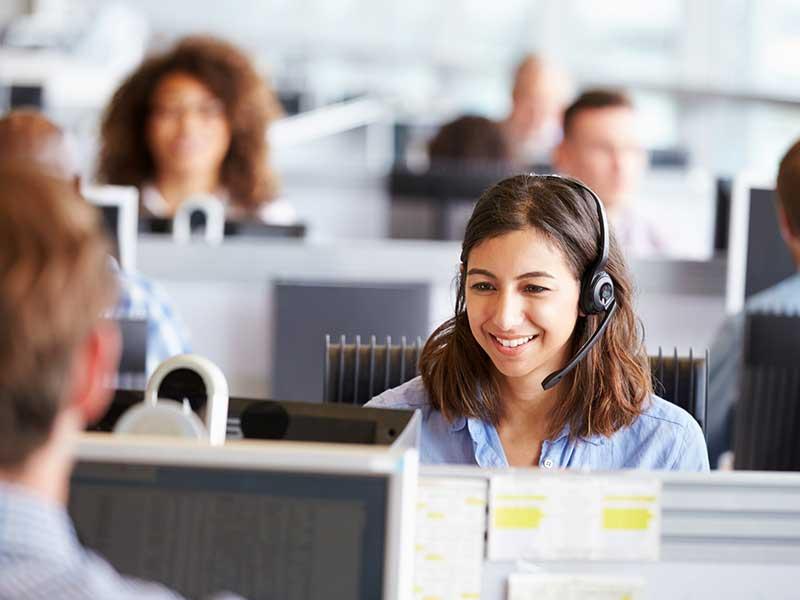 Utiliser une permanence téléphonique permet à l'entreprise de réduire coûts liés au recrutement d'une standardiste. Voyez d'autres usages de cet outil.